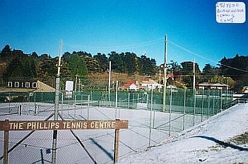 Blackheath Tennis court 28-5-00